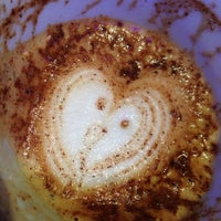 Das Foto wurde bei Coffeemania von reGina am 11/26/2012 aufgenommen