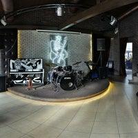 Снимок сделан в Blues & Jazz Bar Restaurant пользователем . .. 1/25/2013