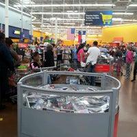 Photo taken at Walmart Supercenter by Fabiana W. on 12/8/2012