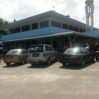 Photo taken at Masjid Jamek Sri Broleh by Azhar J. on 6/20/2014