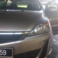 Photo taken at Automatic Car Wash (Jalan Bkt Awi) by Muhammad H on 8/14/2013