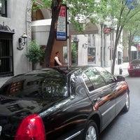 9/17/2012 tarihinde Bismar S.ziyaretçi tarafından Lombardy Hotel'de çekilen fotoğraf