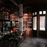 Foto diambil di Casa Lapin X26 oleh Orm R. pada 6/9/2014