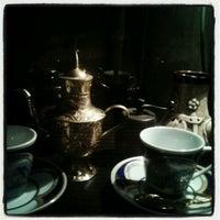 Снимок сделан в Coffee пользователем Aijan B. 9/18/2012