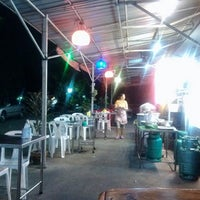 Photo taken at ข้าวต้มรวมรส by นันทศักดิ์ เกษราพงศ์ ร. on 3/21/2013