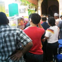 Photo taken at Mohd Yaseem Nasi Kandar by Mazlan K. on 11/3/2012
