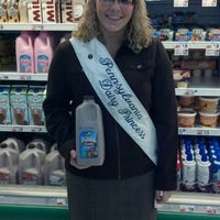 Photo taken at Giant Food by Courtney M. on 10/26/2012