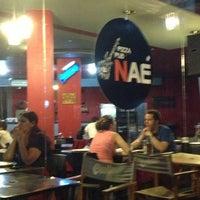 Foto tirada no(a) Naé Pizza Pub por Juan M. em 12/23/2012