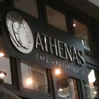 Foto tirada no(a) Athenas por Leandro S. em 1/6/2013