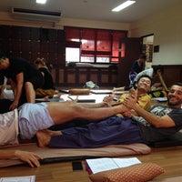 Photo taken at ITM - International Training Massage School by Lívia Aguiar on 10/8/2015