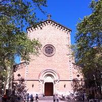 4/14/2013 tarihinde Carlos M.ziyaretçi tarafından Plaça de la Virreina'de çekilen fotoğraf