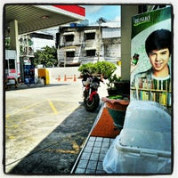 Photo taken at Esso Gas Station - Ladprao 38 by Aleksandr S. on 9/24/2012
