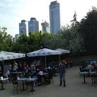 5/5/2013 tarihinde Doğanziyaretçi tarafından Cafe Sporcular'de çekilen fotoğraf
