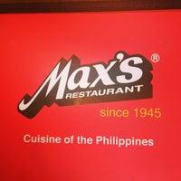 Photo taken at Max's Restaurant by Janina Teresa B. on 7/13/2014