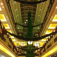 Foto scattata a Centro Commerciale Euroma2 da 🌟Enrico C. il 12/3/2012