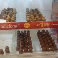 Photo taken at Chocolates Brasil Cacau by Rafaela N. on 5/12/2013