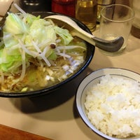 Photo taken at らぁめん六弦 by K s. on 8/8/2013