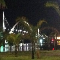 Photo taken at Orla da Ponte JK by Fernanda Marcella R. on 3/20/2013