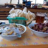 Photo taken at soto lenthok sor ringin pakualaman by Teddy c. on 10/25/2013
