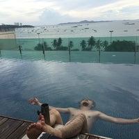 Photo taken at Seven Zea Chic Hotel by PinkyAngel on 7/9/2017