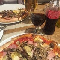 4/17/2017에 Ondrej I.님이 Olive Pizza에서 찍은 사진