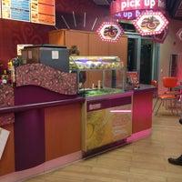 Foto scattata a Dunkin' Donuts da Christoph R. il 2/7/2013
