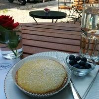 Das Foto wurde bei Café Kanel von Elliott B. am 7/19/2014 aufgenommen