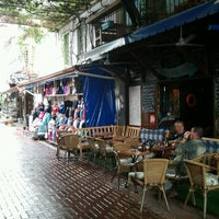10/30/2012 tarihinde Tuba C.ziyaretçi tarafından Deep Blue Bar'de çekilen fotoğraf