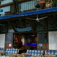 10/24/2012 tarihinde Tuba C.ziyaretçi tarafından Deep Blue Bar'de çekilen fotoğraf