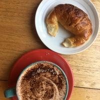 Foto tirada no(a) Sur Café por DNL S. em 12/8/2016