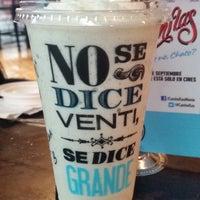 Photo taken at Cielito Querido Café by βηĴαχ S. on 9/19/2014