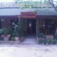 4/20/2013 tarihinde Aziz Aliziyaretçi tarafından Yeşilyurt Köy Kahvesi'de çekilen fotoğraf