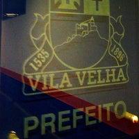 Photo taken at Prefeitura Municipal de Vila Velha by Edu Trevisan on 2/25/2013