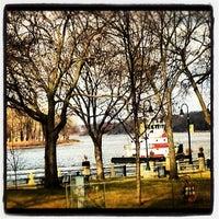 Foto diambil di Riverside Park oleh LAXgirl pada 11/25/2012