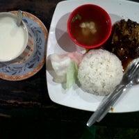 Photo taken at Onyx Cafe by Taufik N. on 11/14/2012