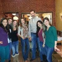 รูปภาพถ่ายที่ Restaurante Italiano Emma y Julia โดย Sandra C. เมื่อ 2/4/2013