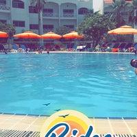 รูปภาพถ่ายที่ Rimal Hotel & Resort โดย AD23 เมื่อ 6/29/2018