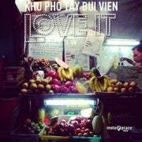 Photo taken at Sinh Tố Bùi Viện by Viet P. on 6/7/2013