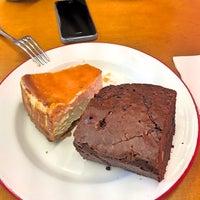 Foto tomada en The Loaf por Halime Y. el 10/1/2016