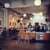 Photo taken at Stumptown Coffee Roasters by Philipp R. on 7/3/2014