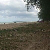Photo taken at Pantai Sri Tujoh by Nabil J. on 2/20/2013