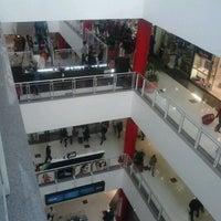 Foto tirada no(a) Shopping Metrô Boulevard Tatuapé por Amanda M. em 10/14/2012