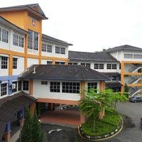 Photo taken at Universiti Teknologi MARA (UiTM) by Nidura H. on 12/5/2012