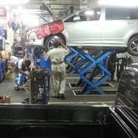 Photo taken at Toyota Muangnont by ศรีสุดา ส. on 12/1/2014