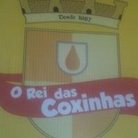 Photo taken at Rei das coxinhas -Pátio de Eventos by Thays B. on 6/14/2013