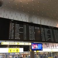 Foto tirada no(a) Terminal A por Annette H. em 2/9/2017