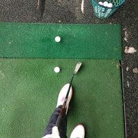 7/3/2013 tarihinde Liaziyaretçi tarafından Golf-Club Golf Range Frankfurt Bernd Hess e.K.'de çekilen fotoğraf