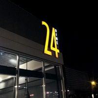 1/27/2013にDavid M.が24 Dinerで撮った写真