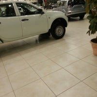 Photo taken at Mitsubishi Motors Service | ميتسوبيشي - الصيانة by Gullzar R. on 2/16/2013