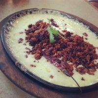 Foto tomada en La Parrilla Mexican Restaurant por Andy F. el 5/2/2013